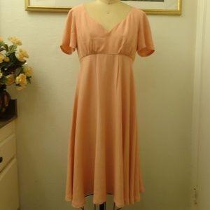 A.B.S Vintage V-Neck Short Sleeve Midi Dress